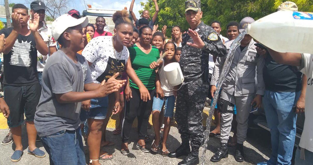 Cabral – Residentes En El Barrio La Peñuela Advierten Seguir En Pie De Lucha,Ante La Precariedad De Agua